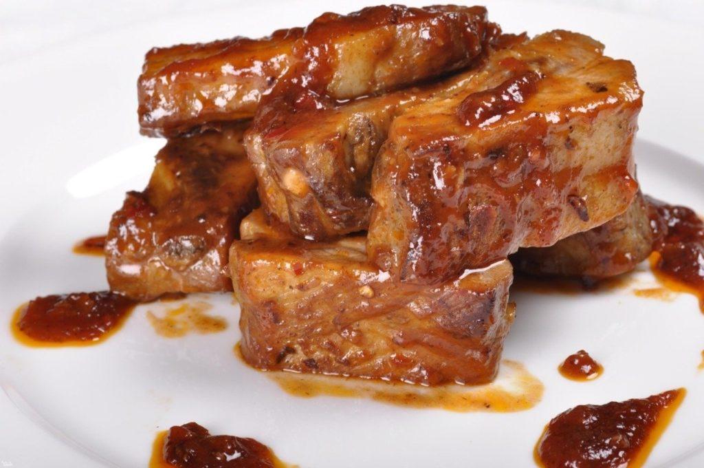 Свиные ребрышки с медом