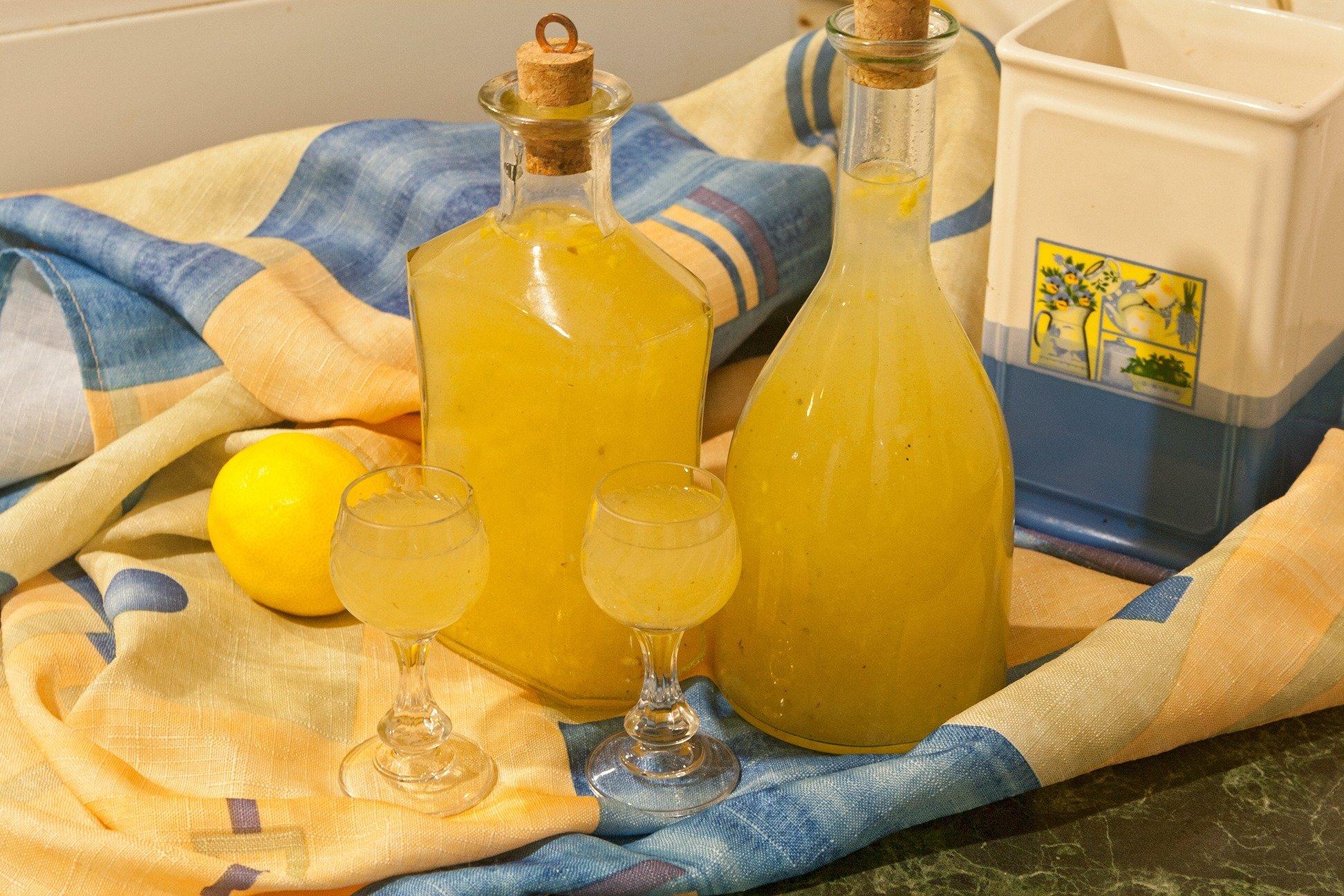 Медовые напитки настойки ликёры