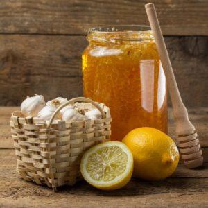 Рецепт «Очищение сосудов» (мед, чеснок, лимон)