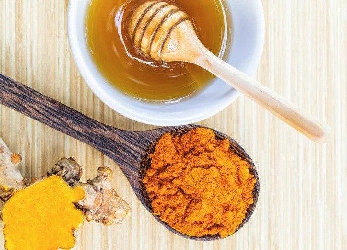 Рецепт для поднятия уровня железа в крови (мед, куркума)