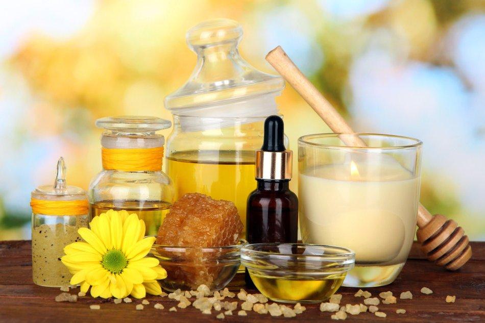 Расслабляющая ванна (мед, молоко, эфирное масло)