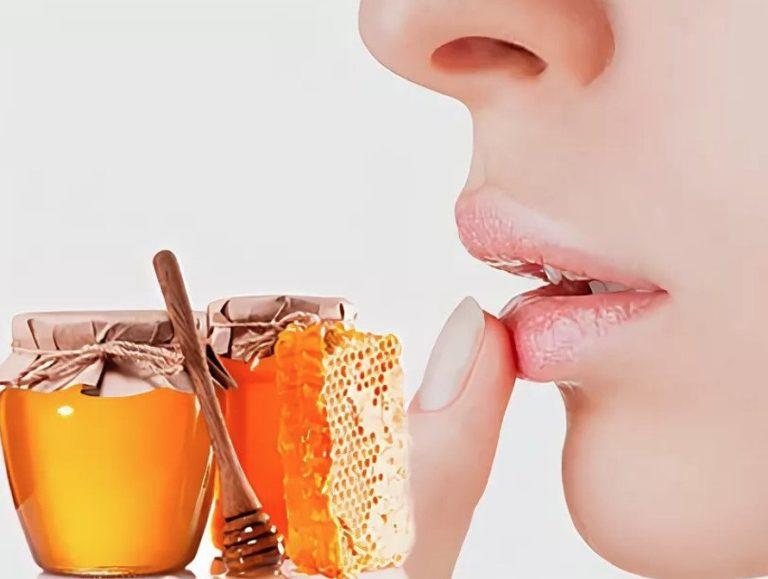 Маска для губ (мед, витамин Е, оливковое масло)