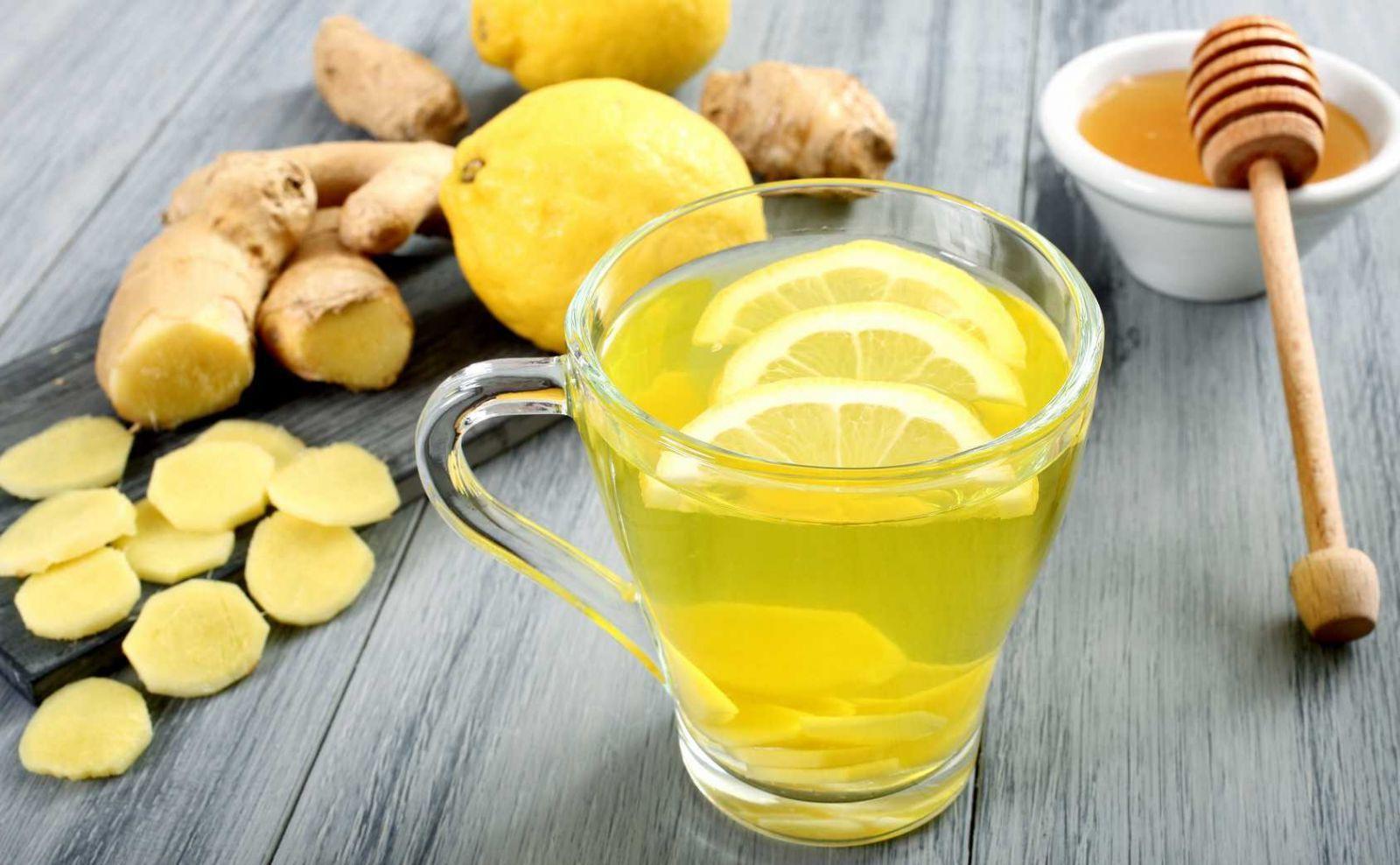 Целебная настойка (мед, имбирь, лимон)