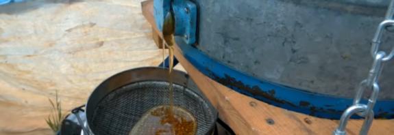 Свежий мёд. Когда качают. По сортам
