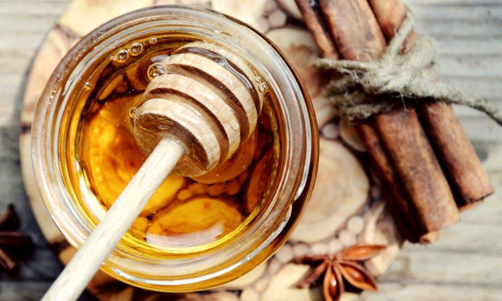 Полезные свойства мёда с корицей